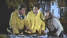 Trio fantastikus razrađuje plan...