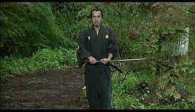 Mirotvorac Ihei vježba u predivnom ambijentu.